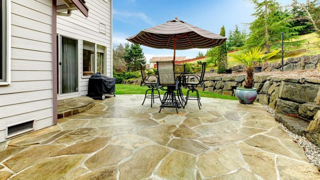 stamped-cocnrete-patio-with-natural-stone-colored-stain